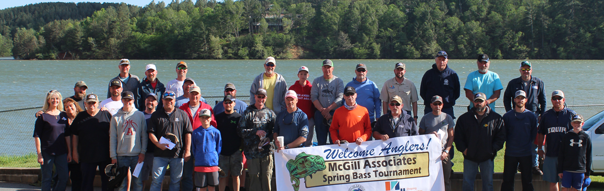 2019 McGill fishing tournament group photo